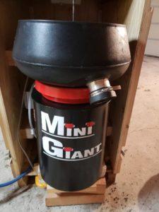 1 cube vibratory Mini Giant